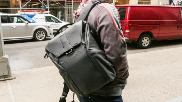 01-best-laptop-bags-2018